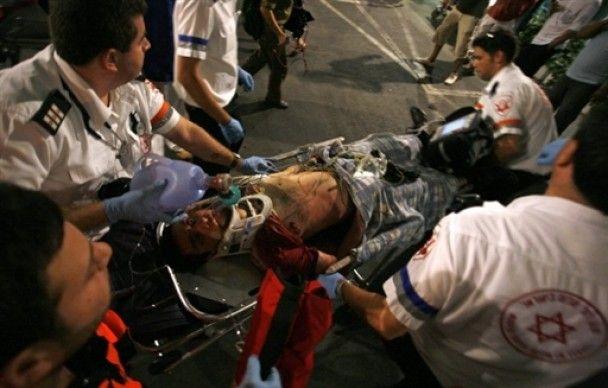 Невідомий з автоматом розстріляв відвідувачів гей-центру в Тель-Авіві