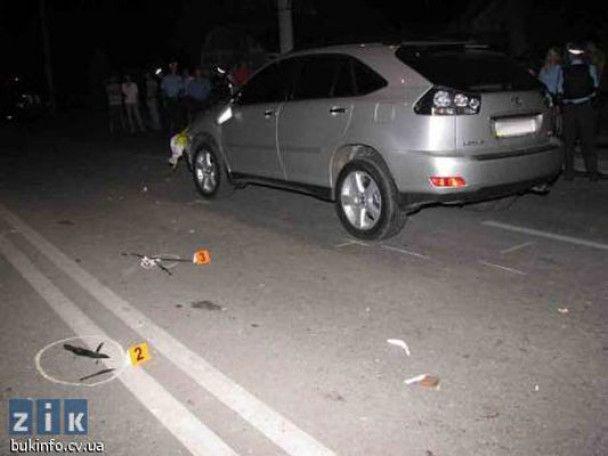 Водій Lexus, який збив на смерть жінку з дітьми, знаходиться у СІЗО