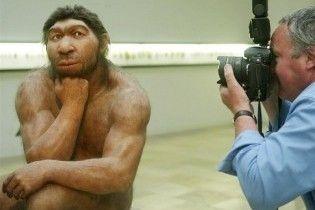Вчені знайшли частку неандертальця в кожній людині
