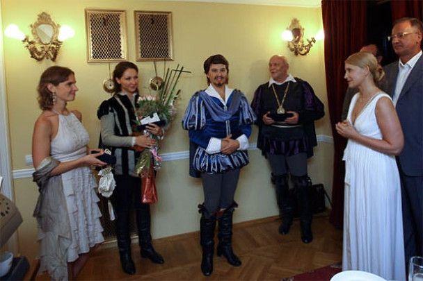 """Тимошенко в декольте кричали """"Браво""""!"""
