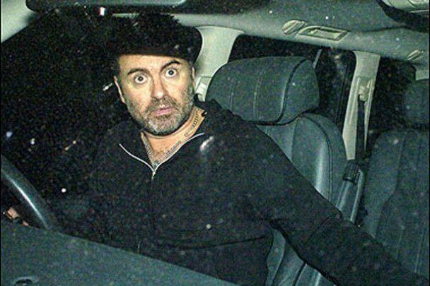 """""""Убитий"""" Джордж Майкл ховався від поліції у фургоні"""