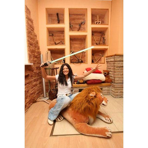 Руслана показала свій двоповерховий будинок