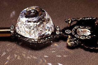 Діаманти сім'ї Романових вивезли до Британії під виглядом цукерок