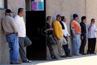 Рівень безробіття у США зріс до 26-річного максимуму