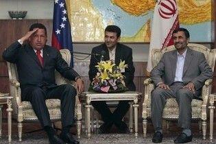 """Чавес назвав Ізраїль """"лакеєм-вбивцею на службі імперіалізму"""""""