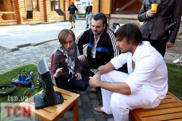 Віталій Козловський зняв свою дівчину в еротичному кліпі