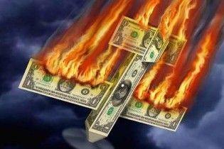 Долар і євро обвалилися на міжбанку