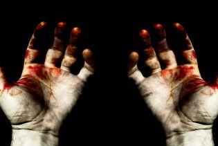 Підліток відрубав руки власному батьку в помсту за роки знущань