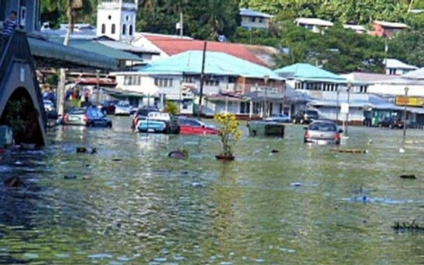 Кількість жертв цунамі у Самоа перевищила сто людей