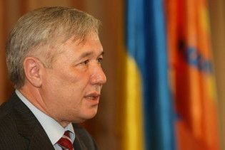 Єхануров пообіцяв незабаром повернути собі посаду міністра оборони