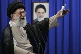 """""""Похований"""" опозицією верховний правитель Ірану виступив в ефірі"""