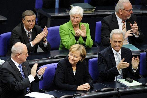 Меркель переобрана канцлером Німеччини на другий термін