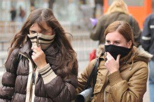 У Києві виник дефіцит масок і ліків проти грипу