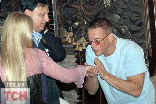 Жан-Клод Ван Дамм створить телешоу про свій поєдинок з боксером