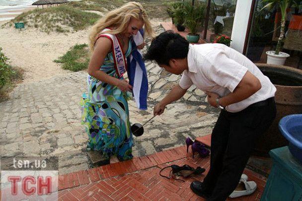 """""""Місіс Світу-2008"""" Камалія у В'єтнамі загубила валізу"""