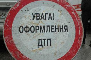 На Луганщині в ДТП потрапила зміна шахтарів, один з них загинув