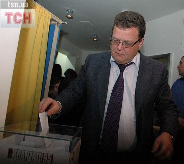 """95 квартал провів """"Дострокові вибори"""" у """"Їдальні ВР"""""""