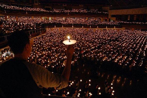 У світі почались Різдвяні свята