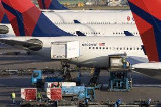 У США стюардеса посадила літак із 225 пасажирами