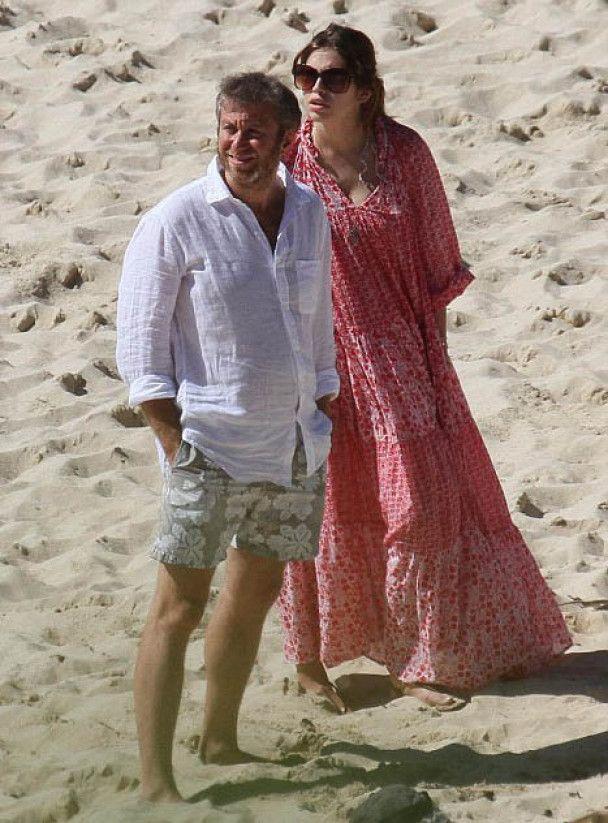 Абрамович та Жукова відриваються на Карибах з голлівудськими зірками
