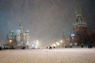 Москва потерпає від найсильнішого за останні 40 років снігопаду