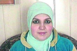 Кримчанка судиться за право сфотографуватися для паспорта в хіджабі