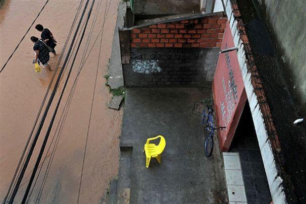 Повінь і зсуви у Бразилії