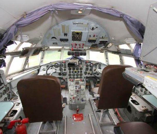 Літак Іл-18 у Нідерландах перетворили на готель