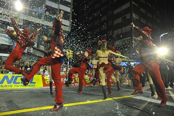 У Латинській Америці почався сезон карнавалів