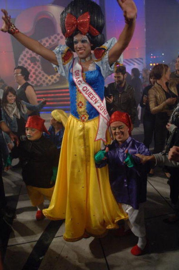 Королевою краси серед трансвеститів стала Білосніжка