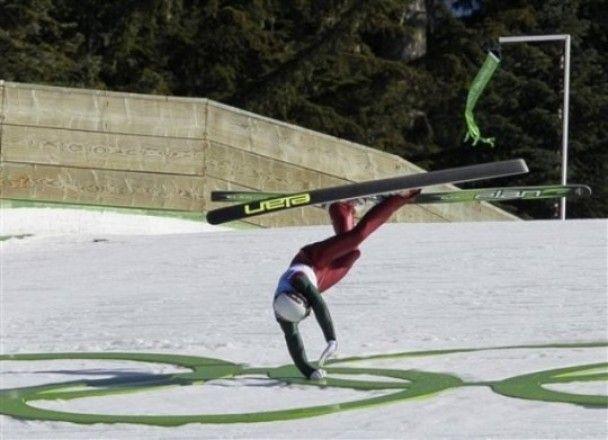 """Український """"літаючий"""" лижник розбився у Ванкувері"""