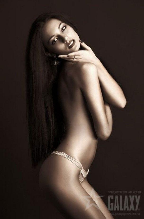 """Українка Ксенія Ламбер увійшла до п'ятірки кращих """"Топ-моделей Світу"""""""