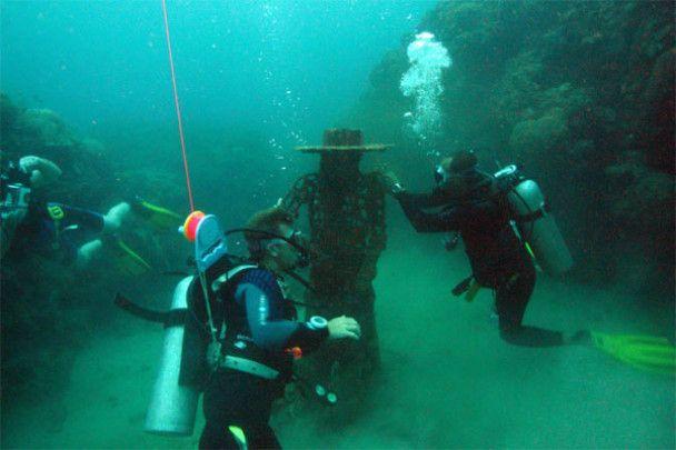Музей підводної скульптури в Мексиці