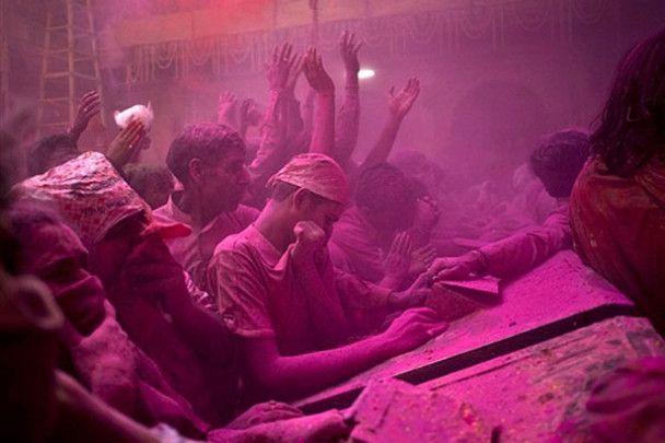 Холі: кольорова зустріч весни в Індії