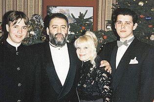 Михайло Шуфутинський покинув свою дружину заради молодої коханки