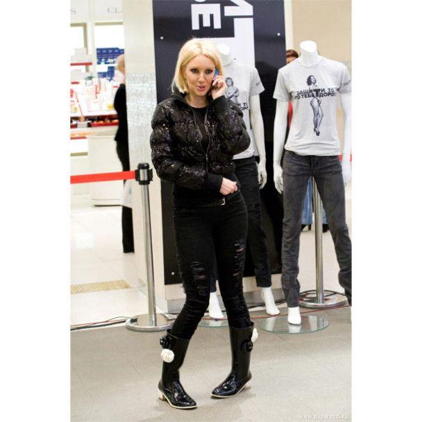 57-річна Дарина Донцова роздяглася заради боротьби з раком