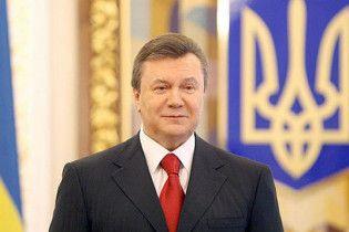 Янукович привітав українських параолімпійців з перемогою
