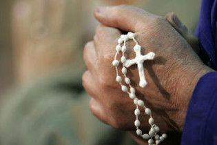 Католицька церква Ірландії відкупилася від жертви священика-педофіла