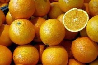 В Україну намагалися завезти заражені паразитами апельсини