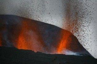 Виверження вулкана в Ісландії може тривати два роки