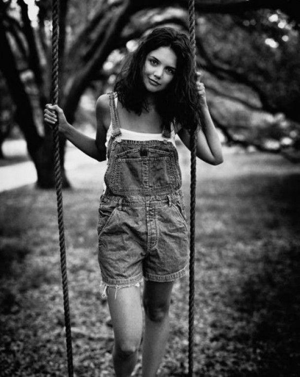 В Інтернеті з'явились фото юної Кеті Холмс