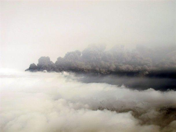 Хмара вулканічного попелу з Ісландії дійшла до Польщі