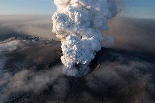 Виверження вулкана коштувало авіакомпаніям 1,7 мільярда доларів