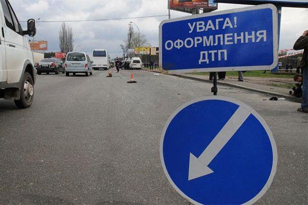"""Батько загиблого таксиста: """"швидка"""" з кортежу Януковича не винна"""