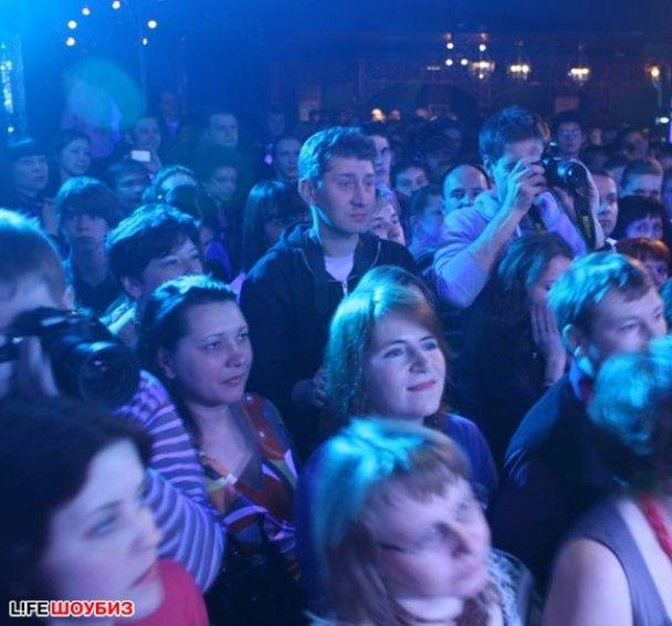 Едуард Хіль дав концерт у московському нічному клубі