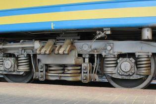 На Черкащині під колесами потягу загинули дві людини