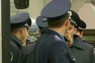У Києві оголошено план захоплення озброєних грабіжників на BMW