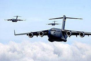Boeing попал в воздушную яму: пострадало 32 человека