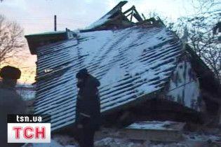 На Львівщині та Прикарпатті вибухнули будинки