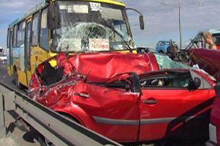 В ДТП постраждало 6 авто